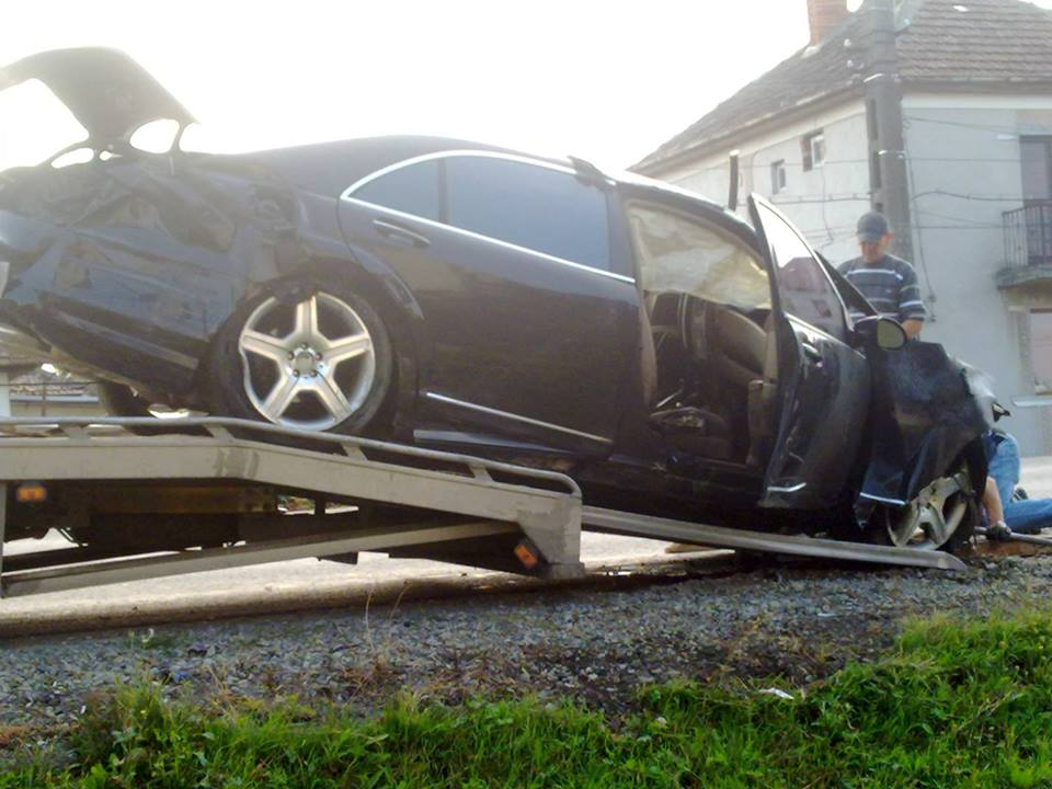 Foto de la tragicul accident de duminica de la Botiz in care si-au pierdut viata 3 tineri