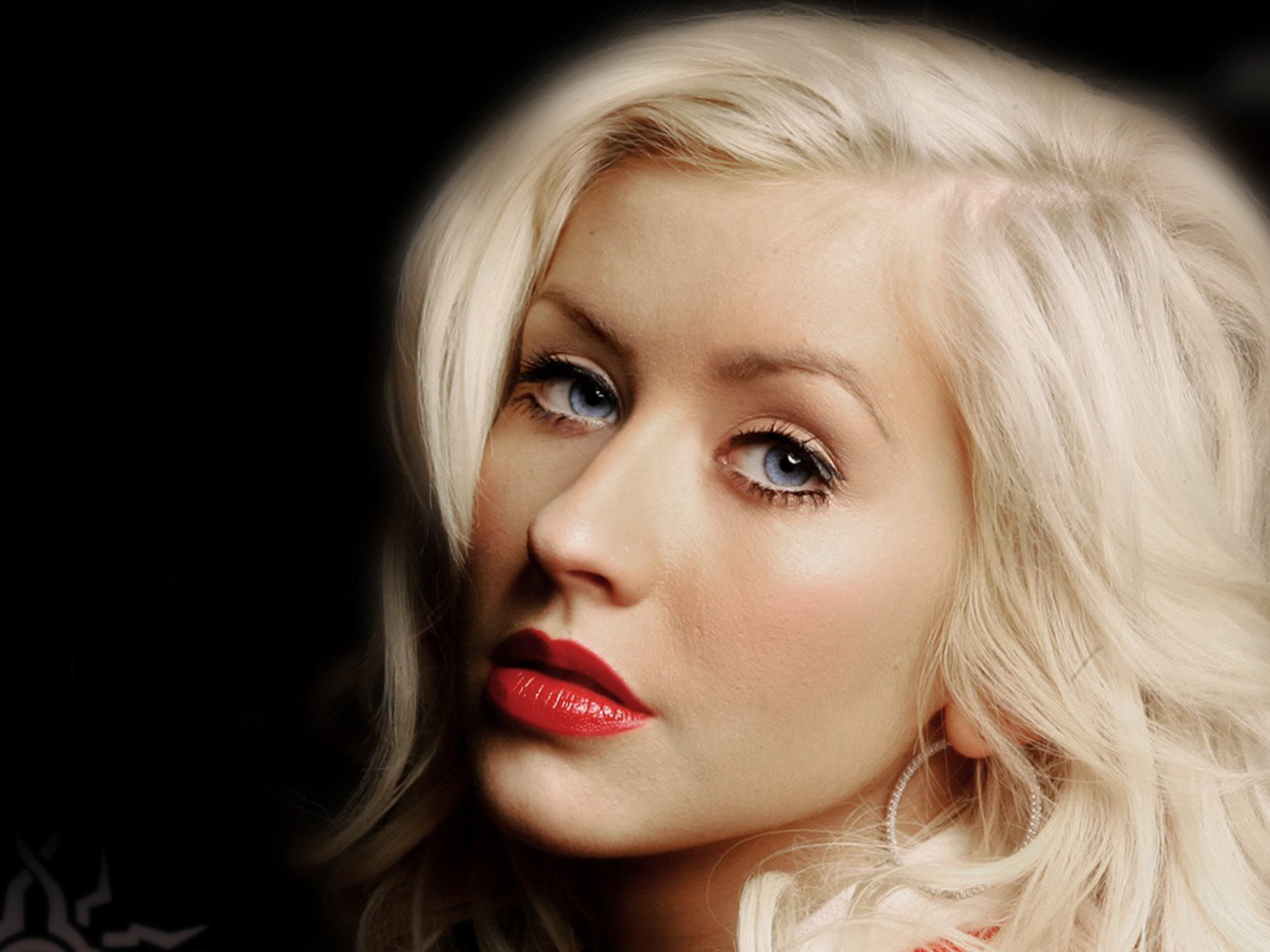 FOTO Christina Aguilera a slabit exagerat de mult