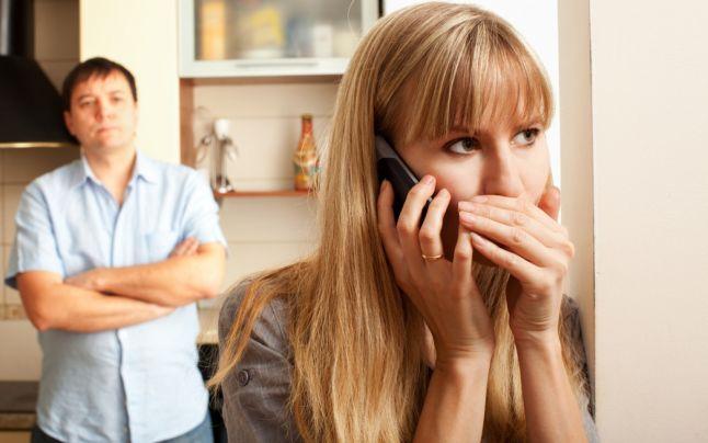 Tonul vocii trădează infidelitatea