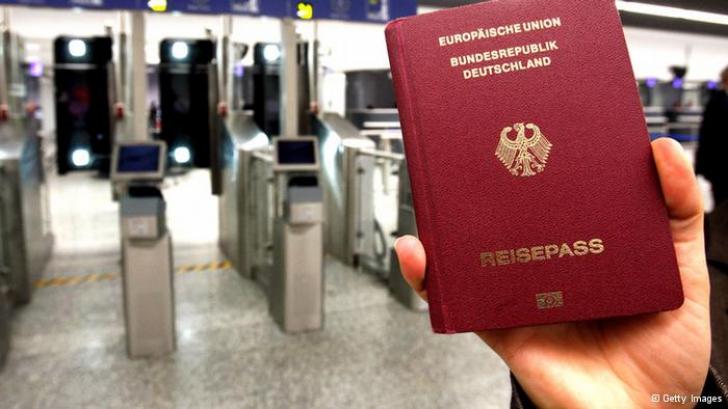 Veşti PROASTE pentru românii care vor să plece la muncă în Germania