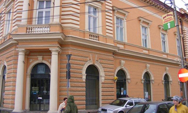 Biblioteca Județeană Satu Mare marchează împlinirea a 125 de ani de la nașterea lui Camil Petrescu