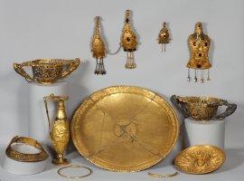 Incepand de azi puteti vizita vernisajul expozitiei Aurul şi argintul antic al României