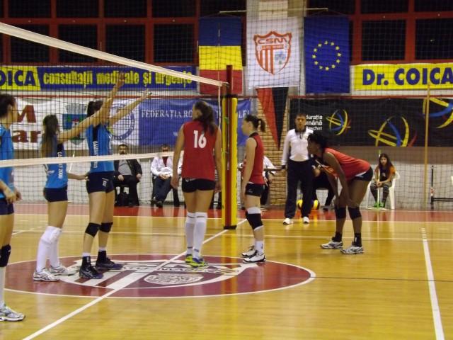 Volei: CSM Satu Mare-CSM Lugoj 3-0