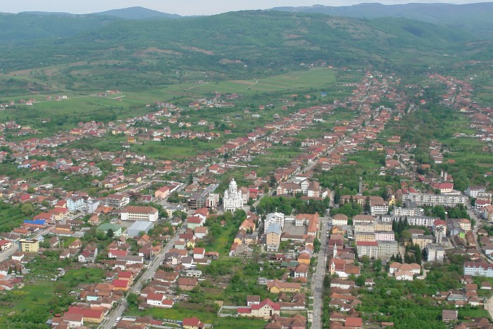 Lucrările de modernizare a Cartierului Decebal din orașul Negrești-Oaș au fost finalizate