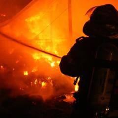 Pompierii satmareni au intervenit la stingerea a doua incendii in judet