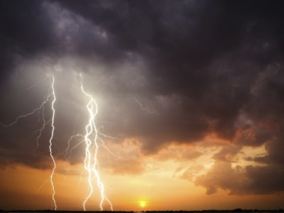 Vineri si sambata se asteapta noi furtuni la Satu Mare