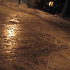 Se topeste zapada la Satu Mare. INFORMARE METEOROLOGICĂ: depuneri de polei, precipitaţii mixte