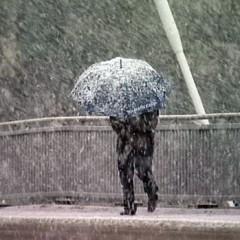 Informare meteo. Vin zile cu ninsoare , ploi şi polei