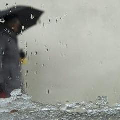 Avertizare ANM: Ploile nu se opresc nici astăzi