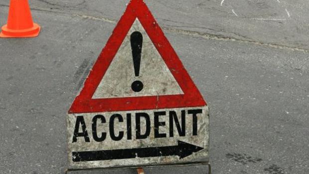 Accident cu pagube materiale provocat de un șofer fără permis de conducere
