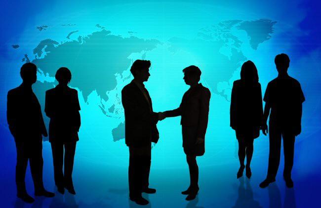 Administrația județeană și meniul economic fac front comun pentru forță de muncă tânără și calificată
