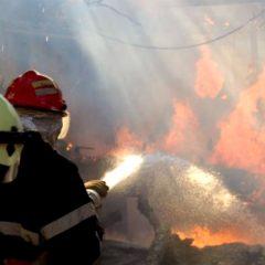 Incendiu la 2 garaje din municipiul Satu Mare
