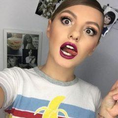 Alexandra Stan înnebunește bărbații! A pozat într-un slip tanga și fără sutien