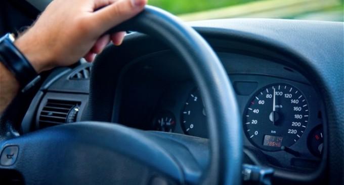 La volan, fara a poseda permis de conducere