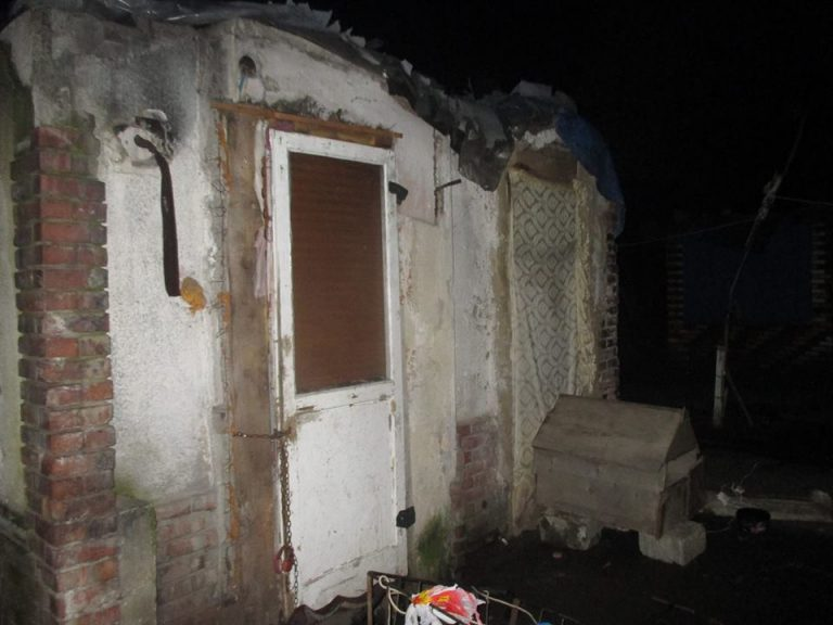 Razie a Politiei printre cei care si-au improvizat adaposturi pe malul Somesului