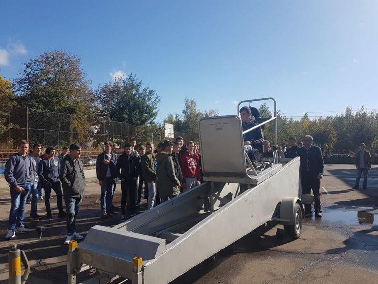 Peste 1000 de elevi au testat simulatorul de accidente
