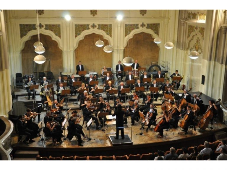 """Filarmonica """"Dinu Lipatti"""" Satu Mare începe anul în forță cu două concerte extraordinare"""