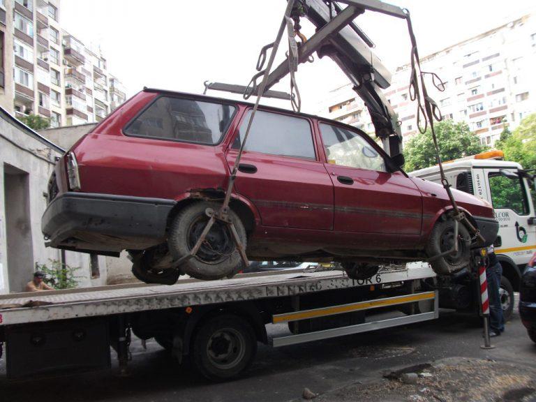 Primaria Satu Mare va ridica masinile satmarenilor parcate ilegal. Vedeti cat va costa recuperarea masinii