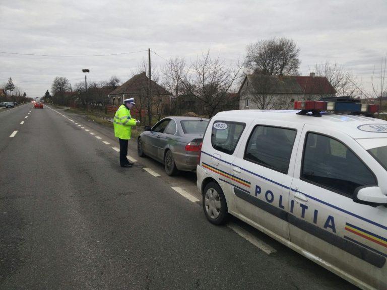 Peste 120 de sancțiuni contravenționale aplicate ieri de polițiștii sătmăreni. Vedeți câți șoferi au rămas fără permis