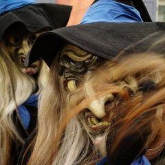 Ireal! Tânără aruncată într-un cazan încins la Festivalul Vrăjitoarelor din Germania
