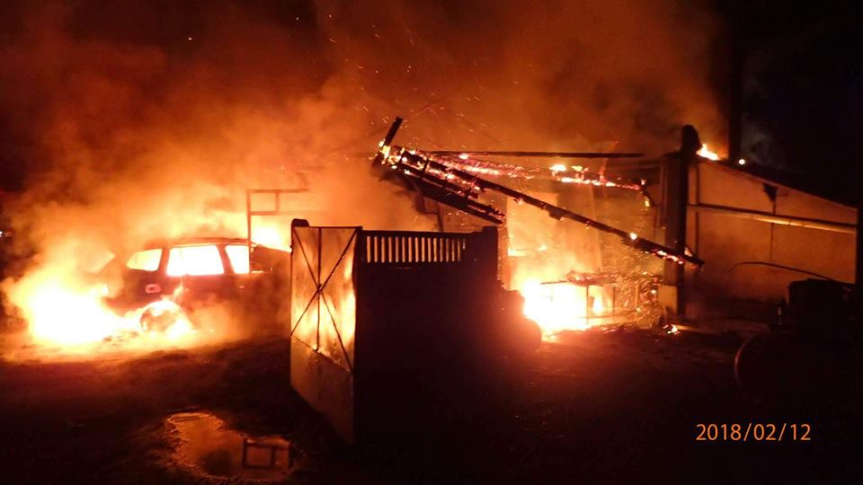 Pompierii satmareni au stins un incendiu in localitatea Iojib