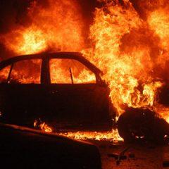 Bărbatul bănuit de incendierea autoturismului de pe strada Lucian Blaga a fost reținut de polițiști