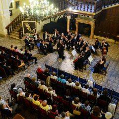 Concert simfonic susținut de orchestra Filarmonicii Dinu Lipatti la Carei