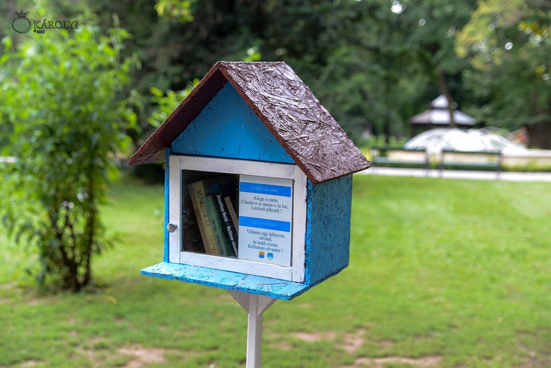 """A fost relansat proiectul """"Cuibul de cărți"""" în Parcul Dendrologic din Carei"""