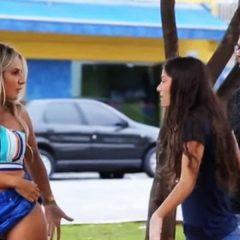 VIDEO O braziliancă sexy s-a dezbrăcat pe stradă, în fața bărbaților. E incredibil cum au reacționat iubitele acestora!