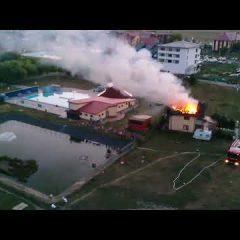 Ce a provocat incendiul de la pensiunea din zona de agrement Tasnad