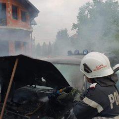 Ce ghinion! A luat foc o masina in service