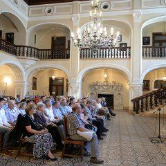 A fost vernisată expoziția retrospectivă cu operele artistei careiene Lukácsovits Magda, la Castelul din Carei