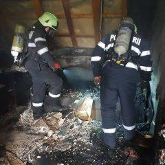Incendiu la o mansardă din municipiul Satu Mare