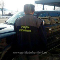 Autoturism căutat de autorităţile din Italia, oprit la vama Petea
