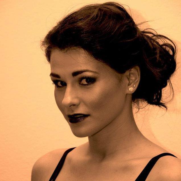 Interviu cu actrița Teatrului de Nord Satu Mare, Ioana Cheregi