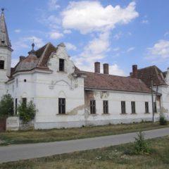 FOTO Conacele uitate din comuna Lazuri
