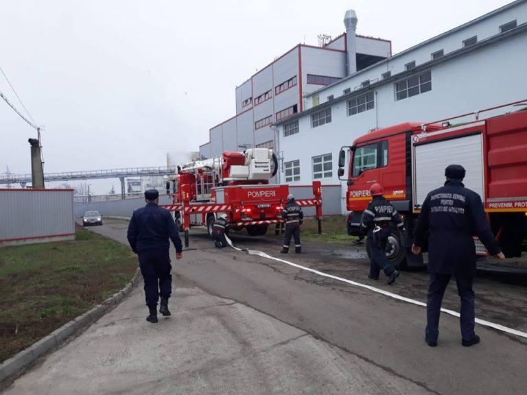 EXERCIȚIU / Explozii și izbucnirea unui incendiu la un operator economic din Carei