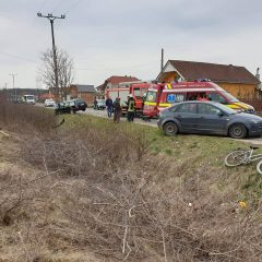 Accident rutier între două mașini la intrarea în localitatea Micula