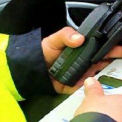 Sătmărean aflat sub influența băuturilor alcoolice oprit în trafic de polițiștii rutieri