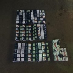 Un sătmărean s-a ales cu dosar penal după ce polițiștii i-au găsit în mașină țigări de contrabandă