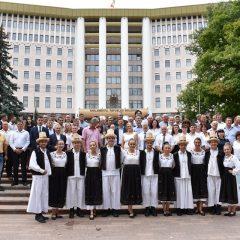 """Ansamblul Județului Satu Mare, """"Doruri Sătmărene"""" a fost invitat la Festivalul Românilor de Pretutindeni, organizat în Republica Moldova"""