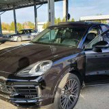 Porsche Cayenne, în valoare de 100.000 de euro, căutat de autorităţile din Italia, descoperit la P.T.F. Petea. Vedeți cine era la  volan