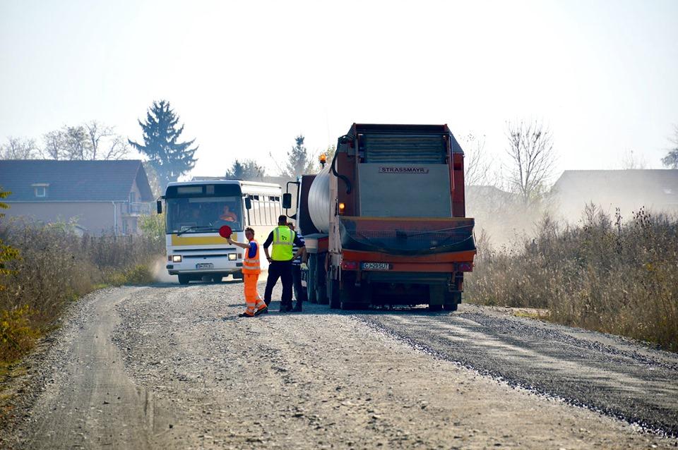 Se reiau lucrările de modernizare a drumului județean DJ 193A
