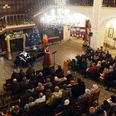 Concert de Crăciun susținut de pianista Czumbil Bernadette și soprana Noémi Veres la Castelul din Carei