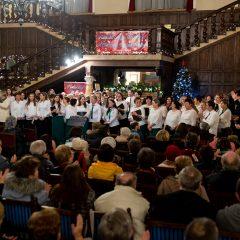 Cea de-a doua seară a Festivalului Coral Magia Crăciunului la Castelul din Carei, în fața unui public numeros