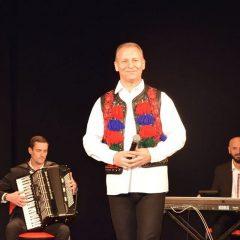 Regal de muzică românească cu Dinu Iancu Sălăjanu la Carei