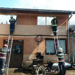 Incendiu la un operator economic de pe strada Magnoliei