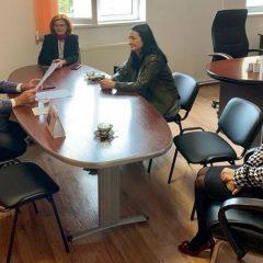 Prefectul Radu Bud a participat azi la instalarea noului președinte-director general al Casei Județene de Asigurări de Sănătate Satu Mare