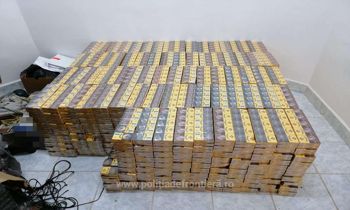 500 de pachete cu țigări de contrabandă, transportate cu o dronă, au fost confiscate lângă Halmeu