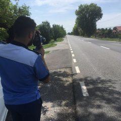 58 de șoferi care s-au abătut de la respectarea normelor rutiere au rămas fără permisele de conducere